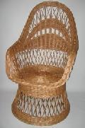 Fotel wiklinowy na koszu. 60x75x 40/110 , ¶rednica siedziska  46
