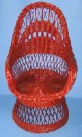 Fotel wiklinowy pomalowany na dowolny kolor. 60x75 wys. 40/110 ¶red. siedziska 46